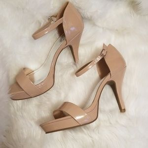 Unlisted Size 10 Tan Patent Leather Heels